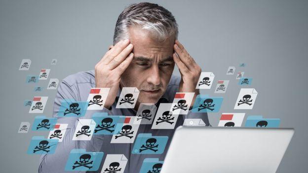 Los correos electrónicos son una herramienta clásica que utilizan los ciberdelincuentes para hacerse con el control de tu equipo y tu información.